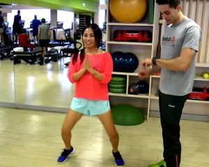 Las sentadillas, el ejercicio favorito de Usun Yoon para perder esos kilos de más.