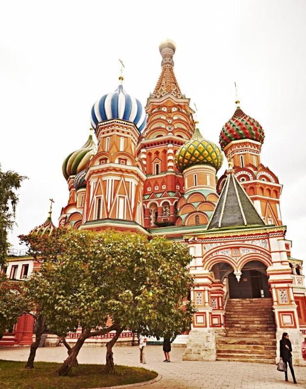 Viaja tres días a Moscú.