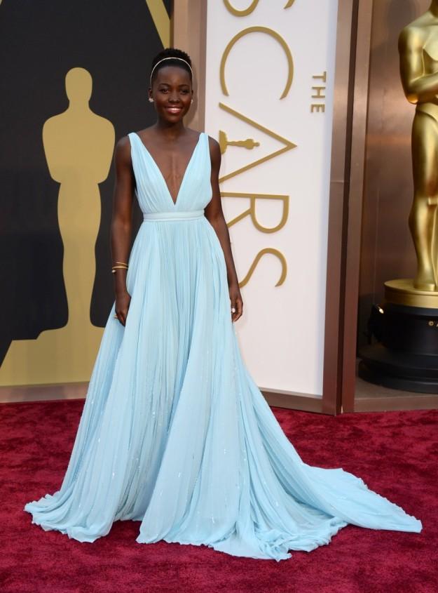 Lupita Nyong'o en los Oscar 2014.