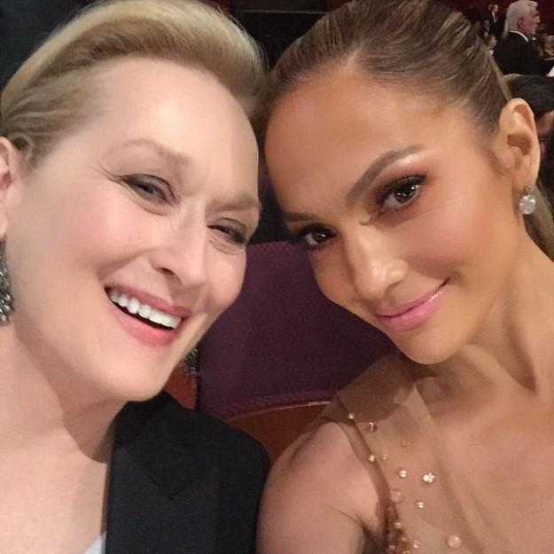 Un selfie de Meryl Streep y Jennifer Lopez es, sencillamente, top