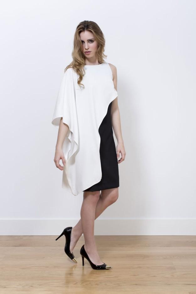 Vestido asimétrico en el, siempre exitoso, binomio blanco y negro.