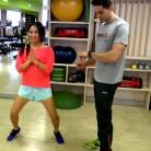 3 ejercicios exprés para una tripa, unos brazos y una piernas 10