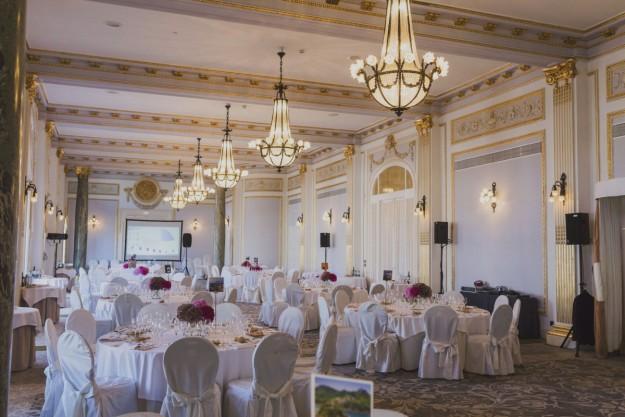 Aparece la imagen de donde tendrá lugar el banquete.