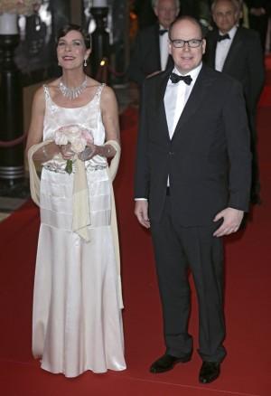 Carolina y Alberto de Mónaco presidieron el Baile de la Rosa 2015