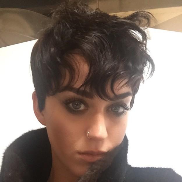 Katy Perry y su nuevo corte de pelo radical