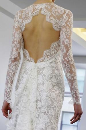 detalle de la espalda de un vestido de novias