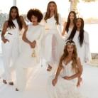 Beyoncé y Solange, damas de honor en la boda de su madre