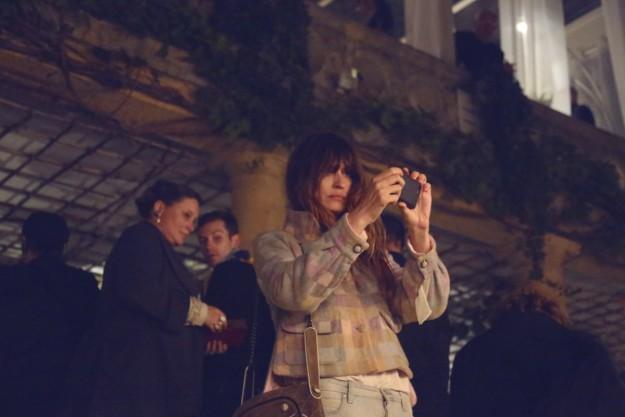 Caroline de Maigret sigue a lo suyo