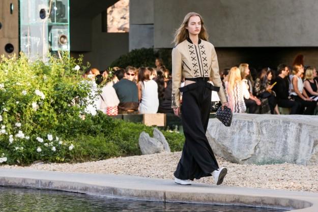 La modelo Maartje Verhoef en el desfile.