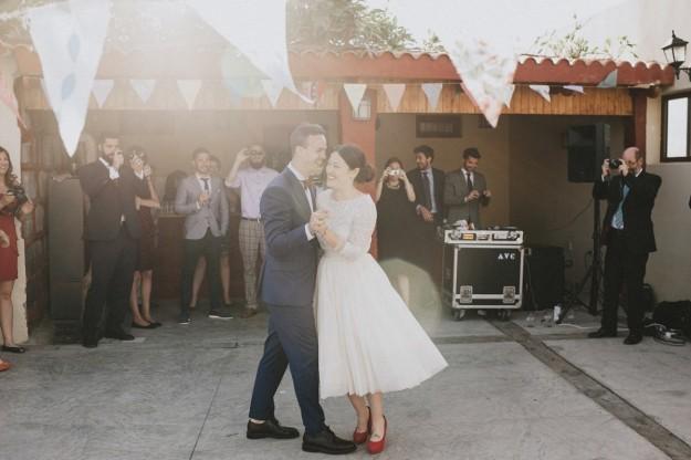 Karol y Pablo bailaron un vals improvisado y entre momentos de complicidad y muchas risas