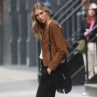 Copia el look de Karlie Kloss