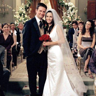 por qué se casaron mónica y chandler?   telva