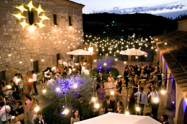 Els Comdals de noche, boda.