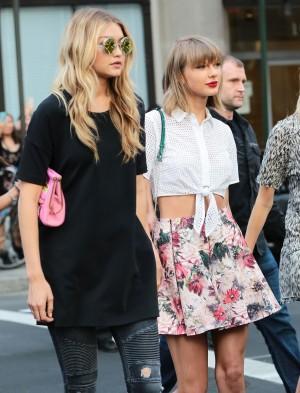 Gigi Hadid y Taylor Swift antes de conocerse la relación de la primera con el ex novio de la cantante.