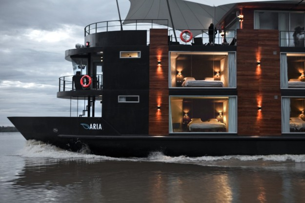 Barco Amazonas.