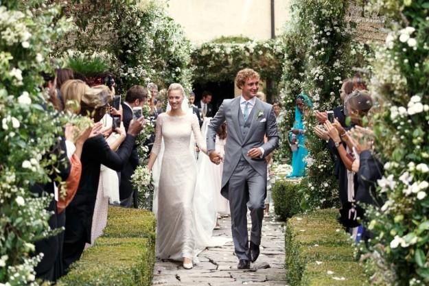 Beatrice Borromeo y Pierre Casiraghi durante su boda religiosa en Italia.