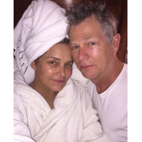 Yolanda Foster y su marido, el músico David Foster, con quien está casada desde el año 2011.