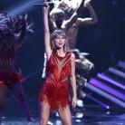 Taylor Swift dona 50.000 dólares al sobrino enfermo de uno de sus bailarines