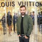 Louis Vuitton expone sus novedades en un lujoso escaparate de París