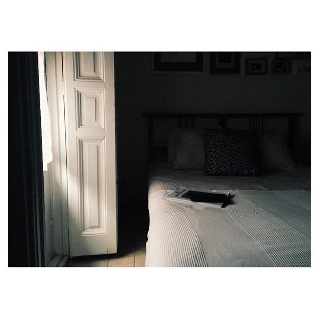 La habitación de @alejandraremon.
