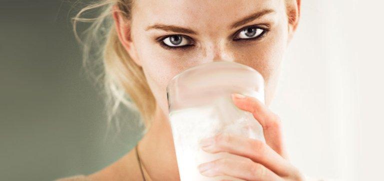 el agua de coco engorda o adelgaza