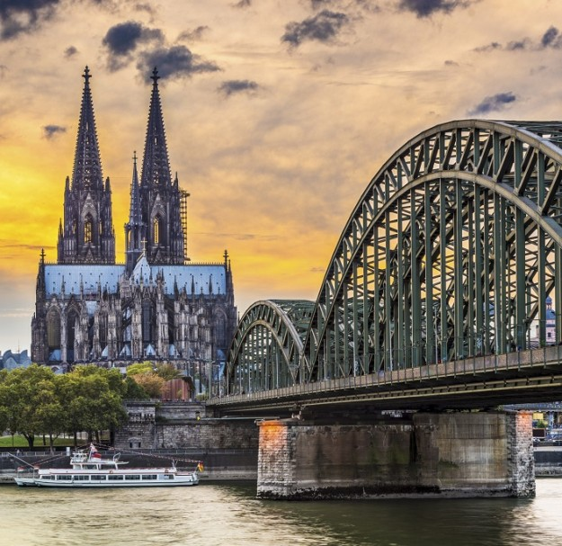 Puente de Colonia.