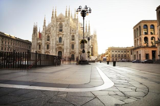 Duomo Square, Milán.
