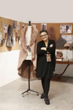 ¡Gana este abrigo de piel de Elena Benarroch!