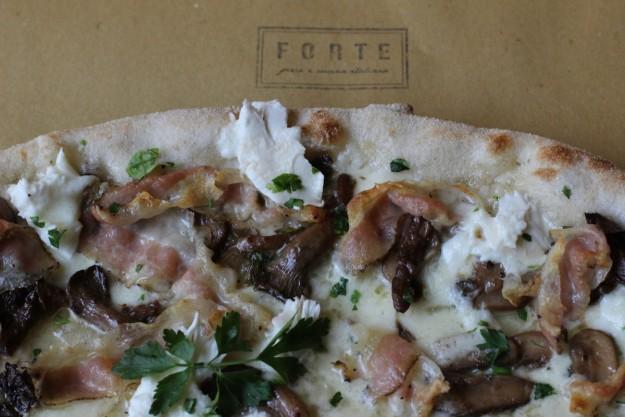 Pizza funghi.