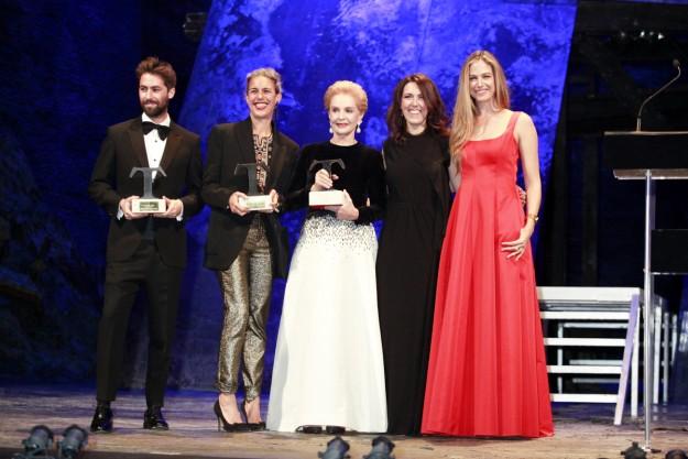 Olga Ruiz junto a los premiados Juan Vidal, Isabel Marant y Carolina Herrera.