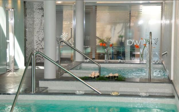 Tratamientos corporales, técnicas orientales, piscina termal, sauna finlandesa... ¡Esto sí es relax a medida!