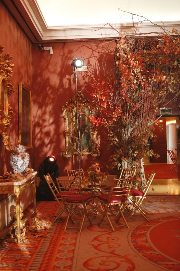 Salón de otoño decorado por Inés Urquijo.