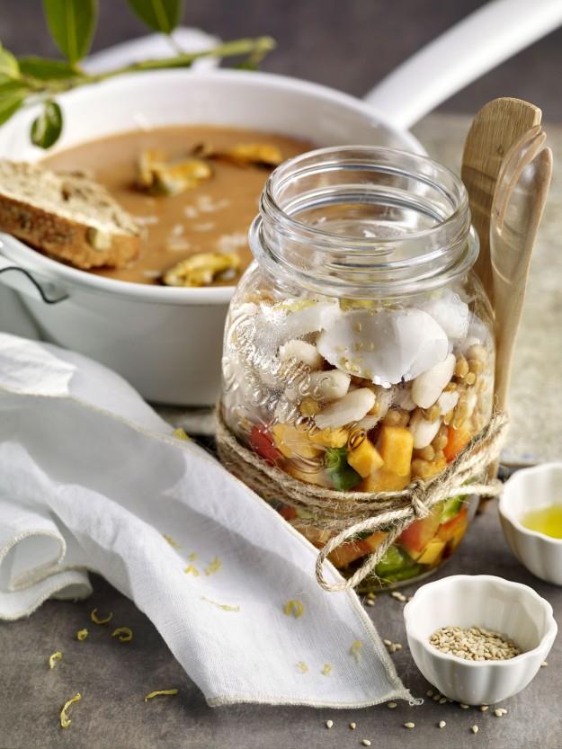 Ensalada con bacalao y sopa de pescado y marisco de la Escuela de Cocina TELVA.