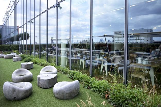 Terraza de la sede de Google en Londres.