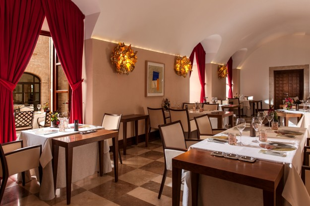Sala interior del restaurante Zaranda.