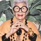 Iris Apfel diseña los dispositivos para ancianos más refinados del mundo