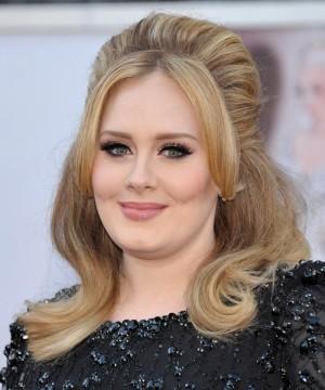 Adele y el vinagre para una melena impecable