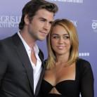 Miley Cyrus vuelve a llevar su anillo de compromiso
