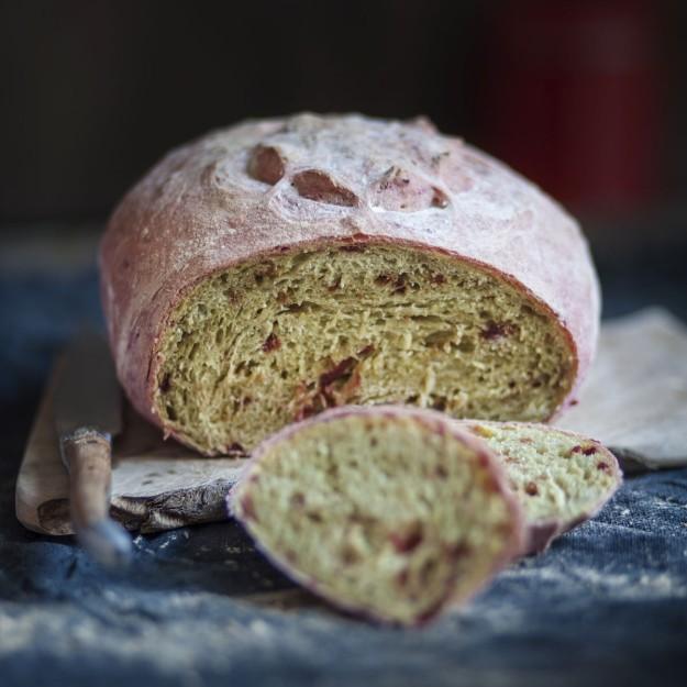 Pan a la remolacha.