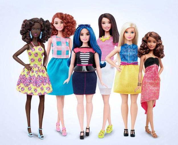 Muñecas barbies de diferentes tipos