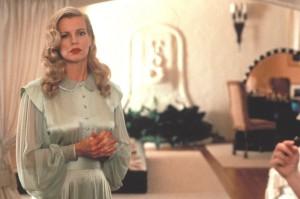 Kim Basinger en una escena de LA Confidential.