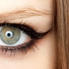 Cómo hacer un medio eyeliner