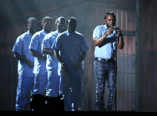 Kendrick Lamar, ayer durante su actuación en los Grammy.