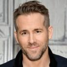 Ryan Reynolds se atreve con el español en Twitter