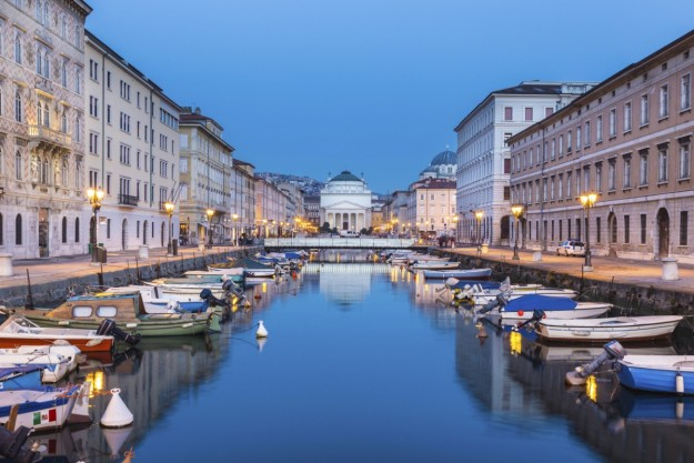 Vista de la plaza de Trieste.