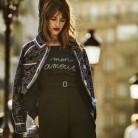 Jeanne Damas nos enseña cómo es el estilo parisino millennial