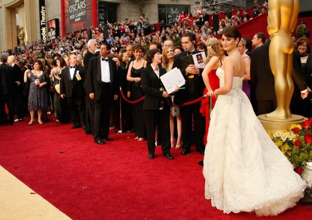 Penélope Cruz con su Balmain vintage en la ceremonia de los Oscars de 2009.