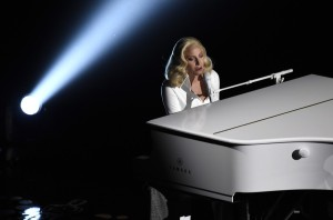 Lady Gaga Oscar 2016.