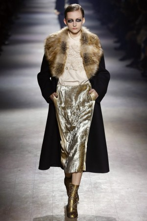 Desfile de Dries Van Noten en Paris Fashion Week Otoño Invierno 2016/17.