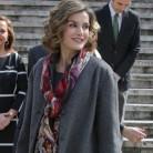 La Reina Letizia inaugura una exposición de Cervantes con uno de sus modelos favoritos de Varela